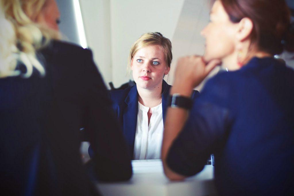 Framing Customer Conversations in Sales Postmortems